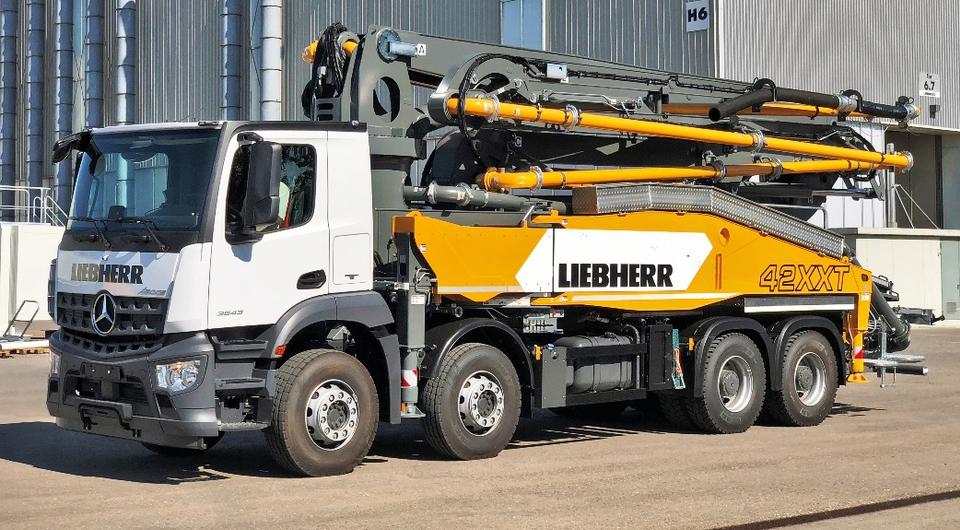 Liebherr обновил 42-метровый автобетононасос
